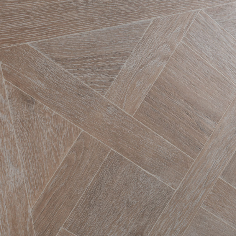 Lapicida_Kingswood_Taupe_Versailles_Wood