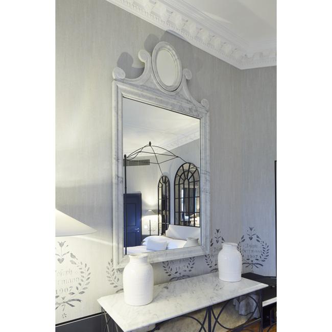 Lapicida_Hotel-Suite_Mirror_Carrara