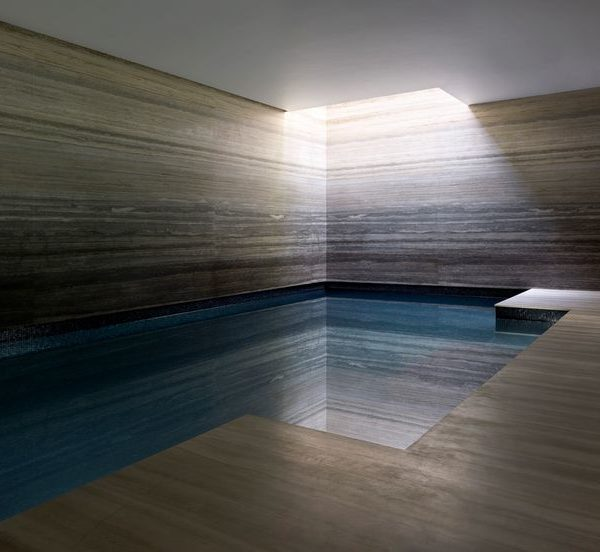 Lapicida_Tuscan-Travertine_Swimming-Pool_Polished