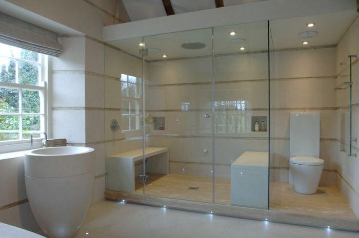 Lapicida Hanover White Limestone Bathroom