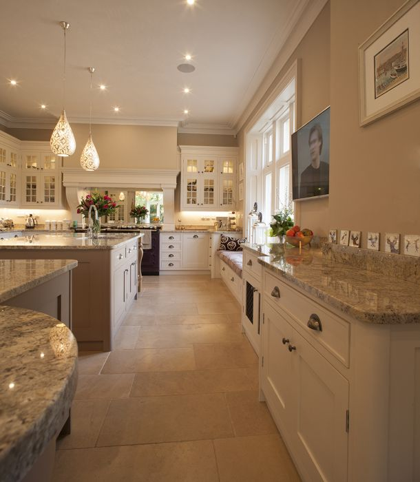 lapicida_st-tropez limestone_kitchen