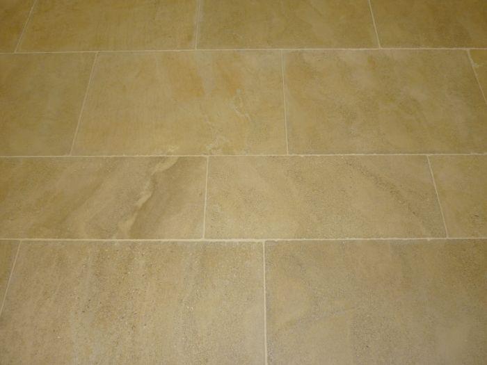 lapicida_st-tropez_tumbled_brushed limestone tile